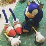 [Sonic puppet]